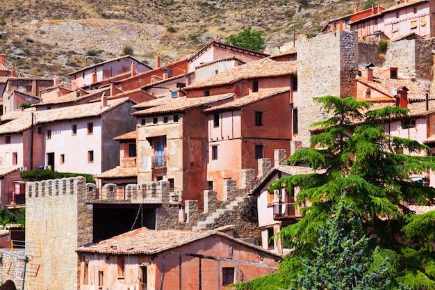 Casas de residências pitorescas em albarracin