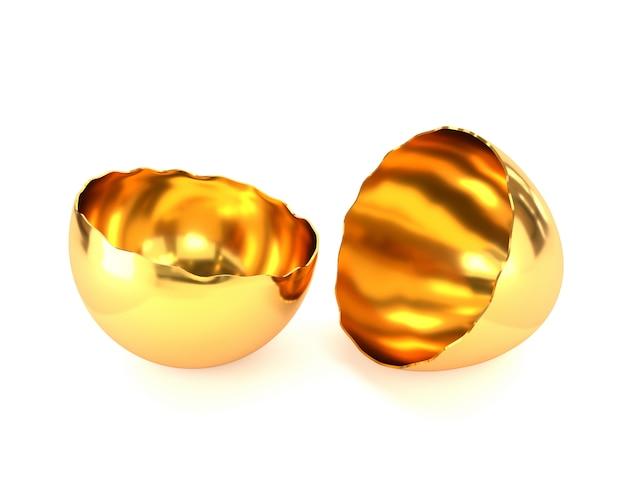 Casca de ovo rachada dourada isolada no fundo branco.