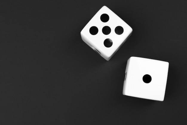 Casino corta em fundo preto