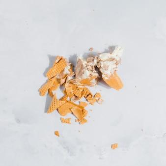 Casquinha de sorvete quebrada