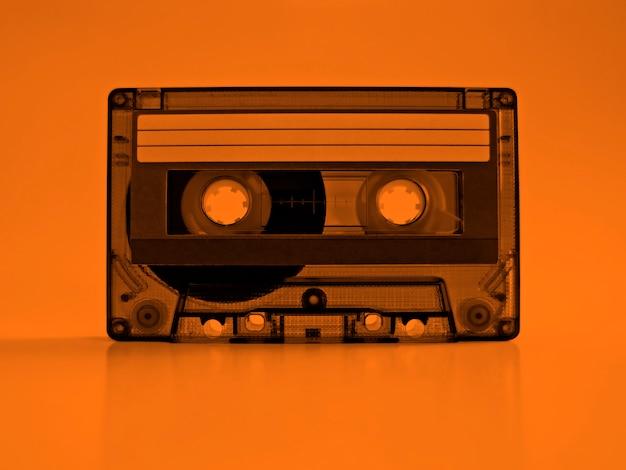 Cassete com efeito de cor laranja retro