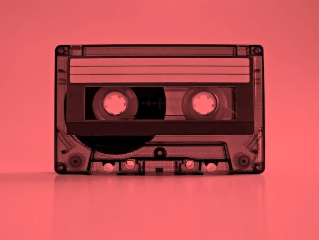 Cassete com efeito rosa retro