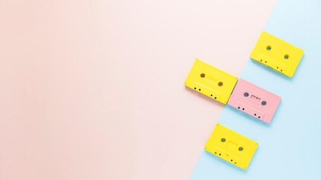 Cassetes de áudio planas com espaço para texto