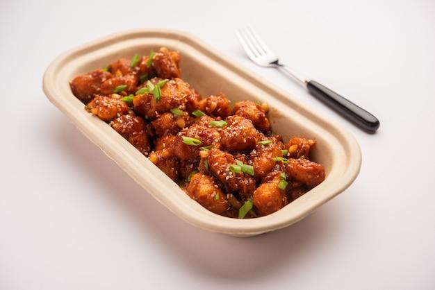 Castanha-d'água com pimenta, entrada chinesa crocante ou petiscos feitos de singada