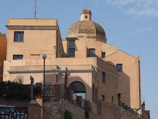 Casteddu (que significa bairro do castelo) em cagliari