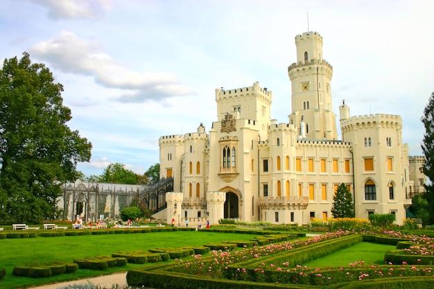 Castelo boêmio hluboka nad vltavou