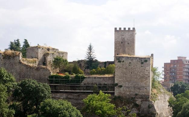 Castelo da lombardia, enna