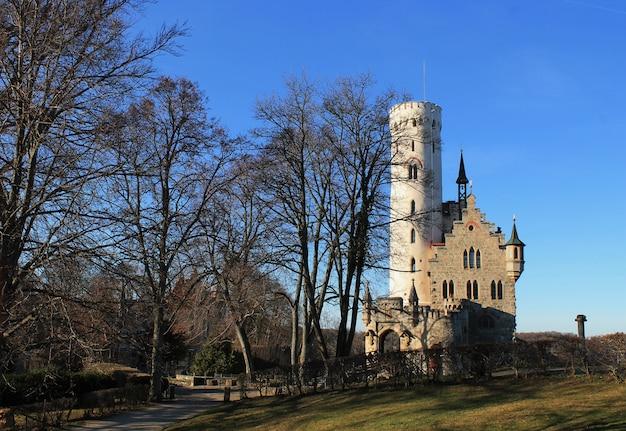 Castelo de conto de fadas velho