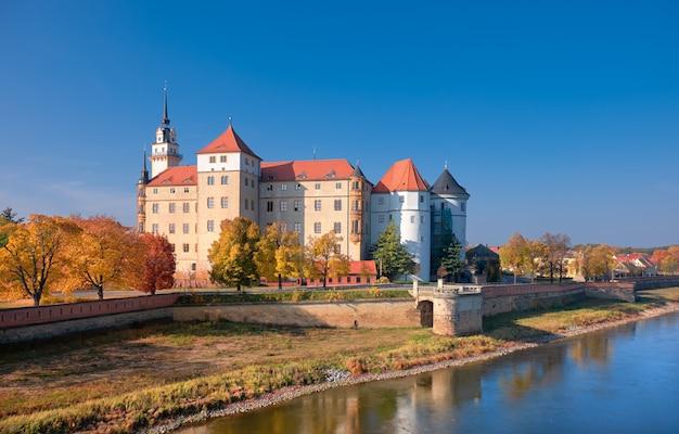 Castelo de hartenfels em torgau na alemanha
