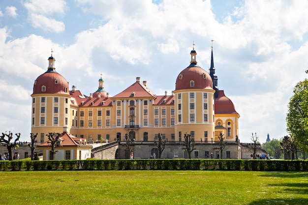Castelo de moritzburg, residência de campo dos eleitores da saxônia, casa de wettin, em um insel