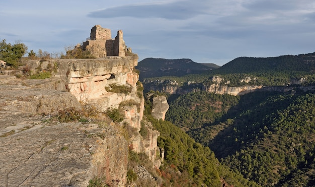 Castelo de siurana, província de tarragona, espanha