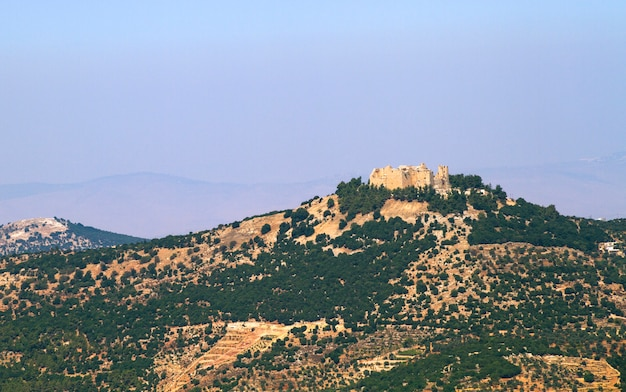 Castelo histórico de ajloun nas montanhas de ajloun