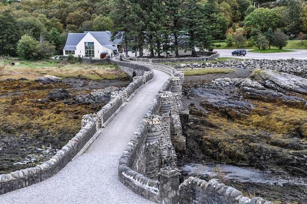 Castelo ilha da ponte de escócia