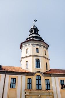 Castelo medieval em nesvizh, região de minsk, castelo belarus.nesvizh.