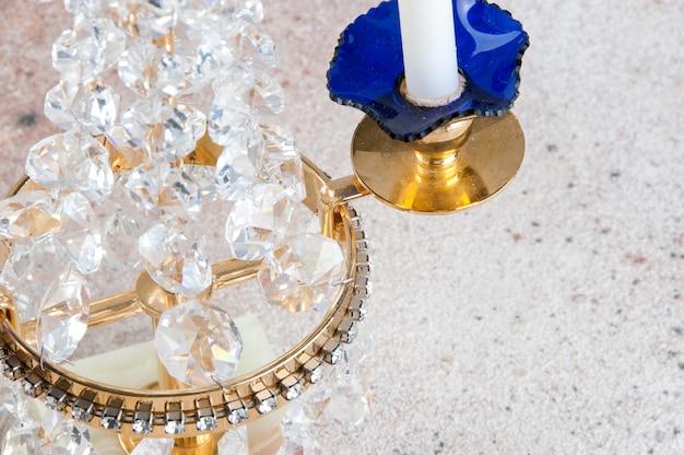 Castiçal de metal vintage de cristal para duas velas