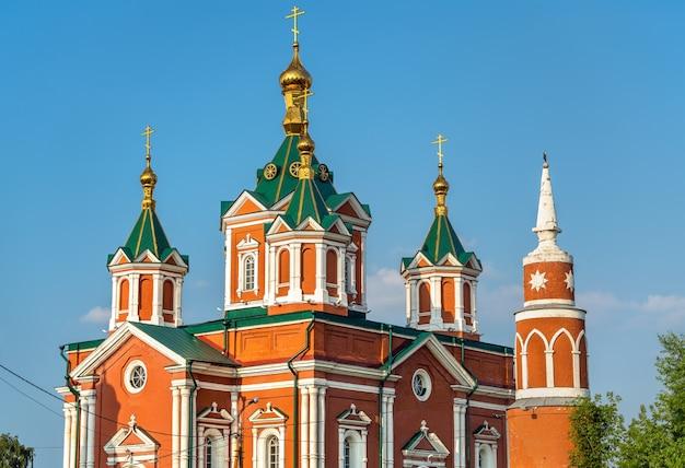 Catedral da exaltação da santa cruz em kolomna, o anel de ouro da rússia