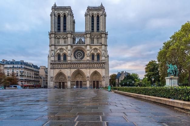 Catedral de notre dame de paris, paris, frança