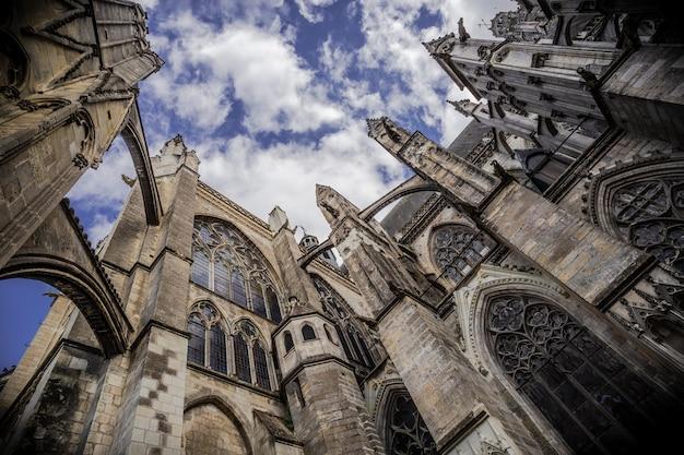 Catedral de saint-gatien em tours, centre-val de loire, frança