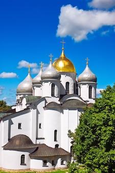 Catedral de santa sofia no kremlin da grande novgorod, rússia