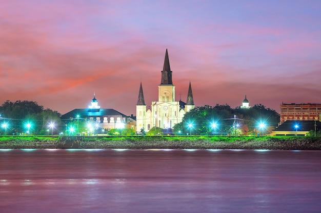 Catedral de st. louis no bairro francês, nova orleans, louisiana, eua