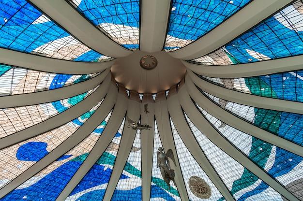 Catedral metropolitana de brasilia df brasil em 14 de agosto de 2008 pelo arquiteto oscar niemeyer