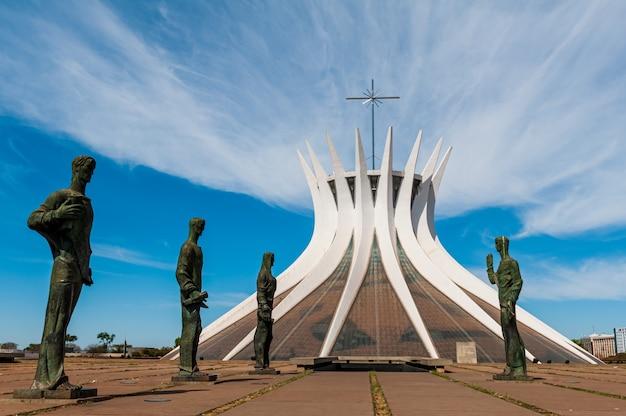 Catedral metropolitana de brasilia df brasil em 14 de agosto de 2008 por oscar niemeyer