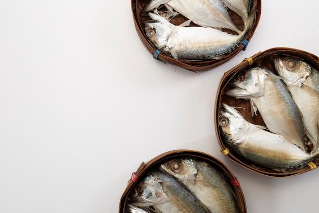 Cavala tailandesa peixe cozido no vapor
