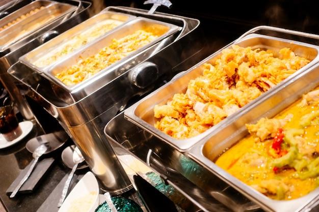 Celebração da festa de mesa gourmet buffet