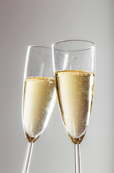 Celebração de ano novo com champanhe