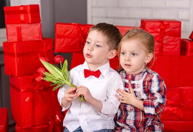 Celebração do feriado do dia dos namorados amor, amizade, crianças e diversão