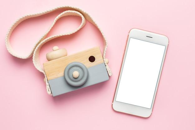 Celular e câmera de brinquedo de madeira para bebês
