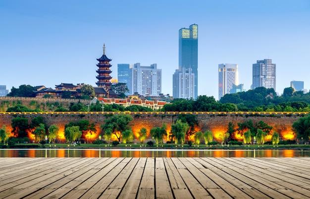 Cena da noite do lago nanjing xuanwu