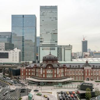 Cena, de, tóquio, estação de comboios, de, terraço, em, tarde, tempo, arquitetura