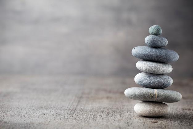 Cena de tratamento de pedras de spa, conceitos como zen.