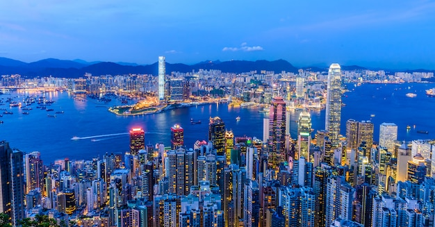 Cena do porto de victoria em hong kong. victoria harbour