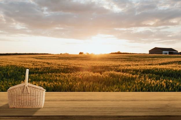 Cenário de produtos naturais, fazenda e luz solar