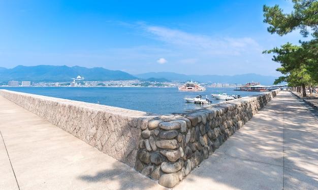 Cenário na ilha de miyajima, hiroshima, japão
