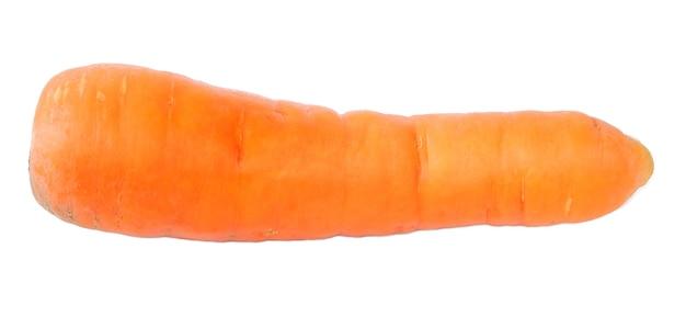 Cenoura isolada em fundo branco