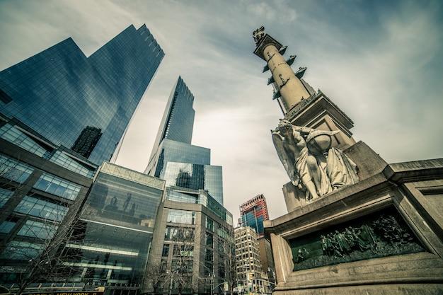 Central park de nova york. columbus circle. monumento a cristóvão colombo