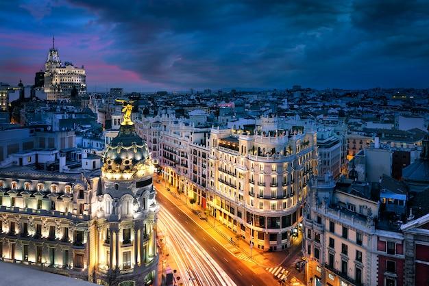 Centro da cidade de madrid, gran vis espanha