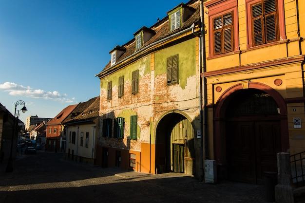 Centro da cidade velha sibiu na transilvânia