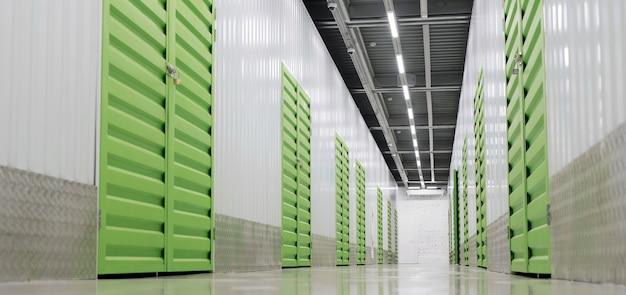 Centro logístico com baixo ângulo de unidades de armazenamento