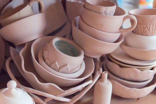 Cerâmica caseira na oficina