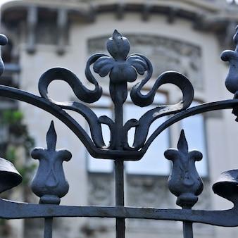 Cerca de ferro forjado decorativo em san jose