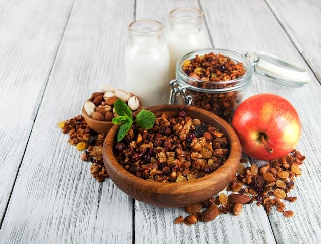 Cereais granola com nozes
