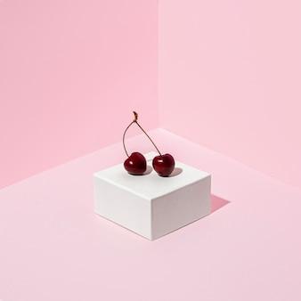 Cerejas deliciosas de ângulo alto