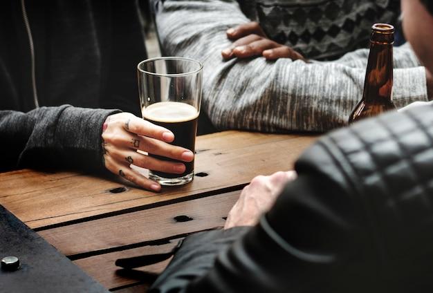 Cerveja artesanal bebida cerveja bebida alcoólica celebrar refresco