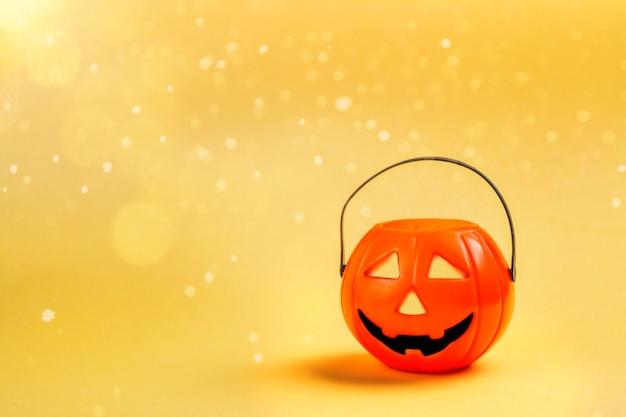 Cesta de abóbora de halloween
