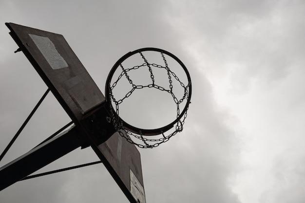 Cesta de basquete de rua com rede de basquete de metal