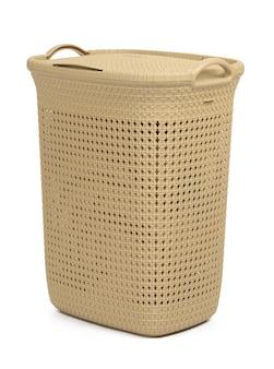 Cesto de roupa bege plástico isolado na superfície branca